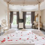 luxury-bedroom-suite-derbyshire-four-poster-bed