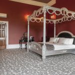 luxury-four-poster-bed-bridal-suite