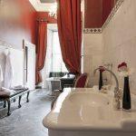 luxury-bridal-suite-bathroom